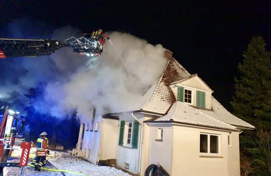 Teaserbild der Einsatzmeldung: B3 - Feuer/Rauch Einfamilienhaus