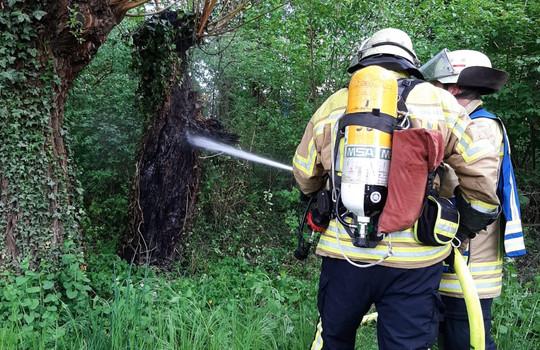 Teaserbild der Einsatzmeldung: B1 - Feuer/Rauch